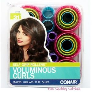 Voluminous Curls Self-Grip Rollers Curl & Lift